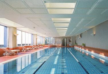 フィットネスクラブ・プール