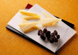 【カフェ りょーい】スタッフおすすめ「コンテ(ハードチーズ)」