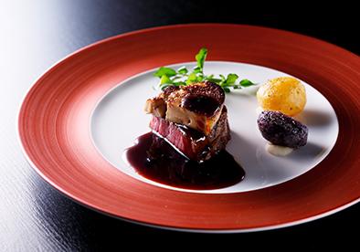 スカイレストラン ピトレスク「和牛フィレ肉とフォワグラ ロッシーニ風」